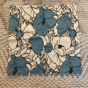 4 pillow covers NEW